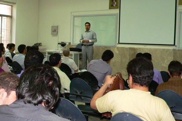 همکاری ۱۴ استاد در طرح دوره فرصت مطالعاتی و پسادکتری