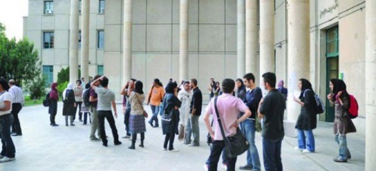 سؤال از وزیر علوم درباره شرایط نامطلوب خدمات دانشجویان دکتری