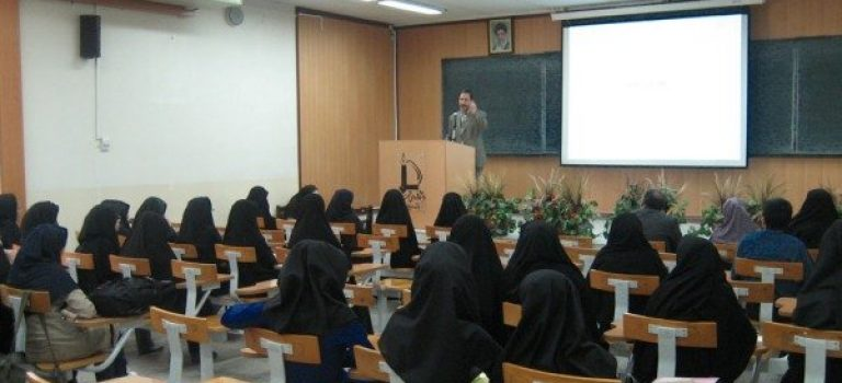 جبران بی دقتی های به کارگیری اساتید شاخص در دانشگاه آزاد